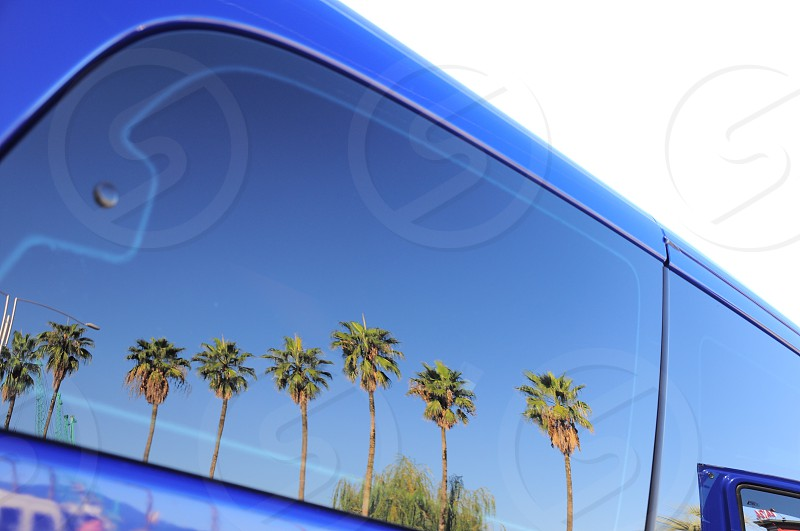 glass suv window photo