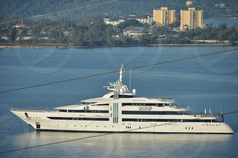 Superyacht Vibrant Curiosity in Montego Bay photo