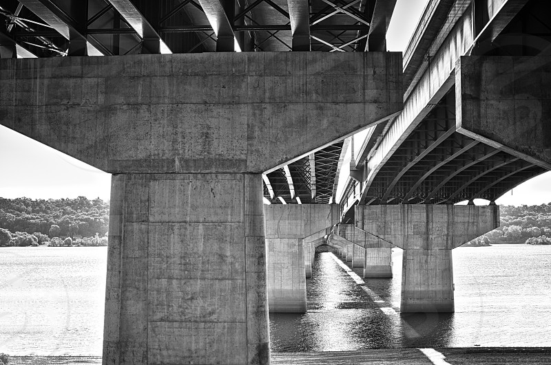 This is the I94 bridge spanning the St. Croix river from Minnesota to Wisconsin. photo