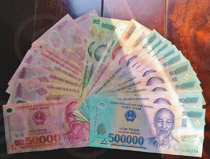 500000 vietnam banknote photo