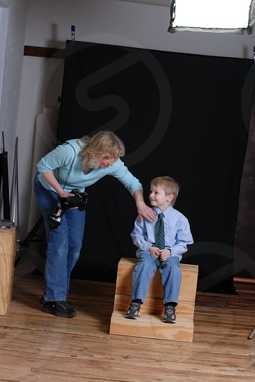 Small Business Professional Photographer posing kid photo